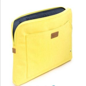 """NWT Golla 13"""" yellow zip laptop sleeve with pocket"""